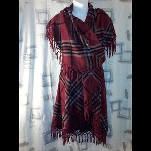Italy Design Accessories - NWOT Women's Shawl Poncho Warm Stylish Wrap Cape